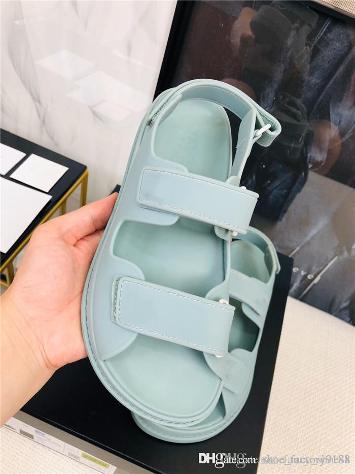 2020 Early spring resort series leisure sports sandals colored twine Flat sandals Comfortable slip Rubber non-slip outsole