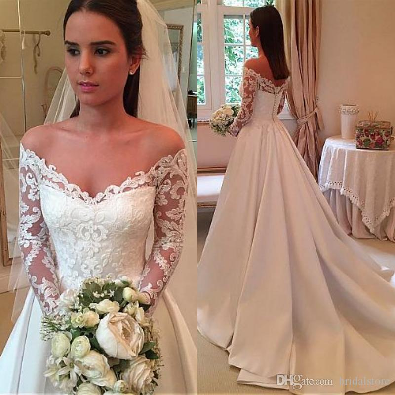 Modest White Country Wedding Dresses With Long Sleeve Off Shoulder Lace Court Train Princess robe de mariée Button Back Cheap Bridal Gowns
