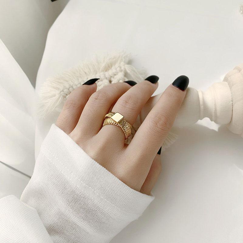 INS mujeres de la manera del anillo de oro de la cruz de las señoras anillos de la vendimia de la personalidad del anillo simple banda de las muchachas por Night Club