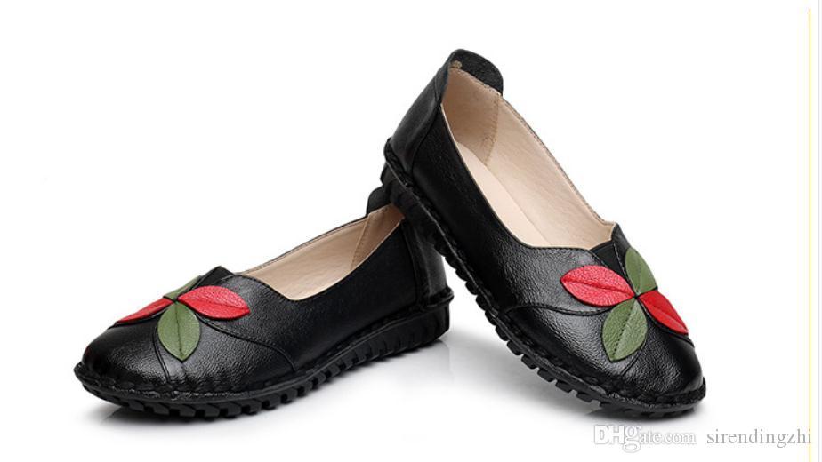 Envío gratis 2018 Primavera Otoño nuevo estilo moda zapatos Mama parte inferior plana zapatos de mujer
