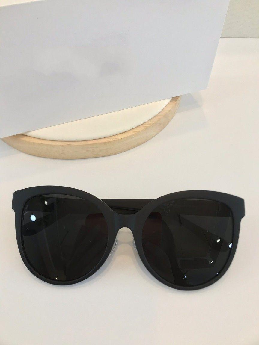 qualidade superior 7151 clássica para mulheres dos homens populares designer de óculos de sol Moda Estilo Verão mulheres óculos de sol UV400 óculos vêm com caso