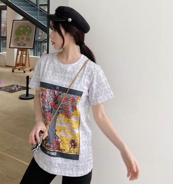 TopTee Brandshirt Sıcak Designerluxury Kadınlar Erkek Tişörtü Moda Günlük İlkbahar Yaz Tees Yüksek Kalite Lüks Kız tişört QS2 20022111Y