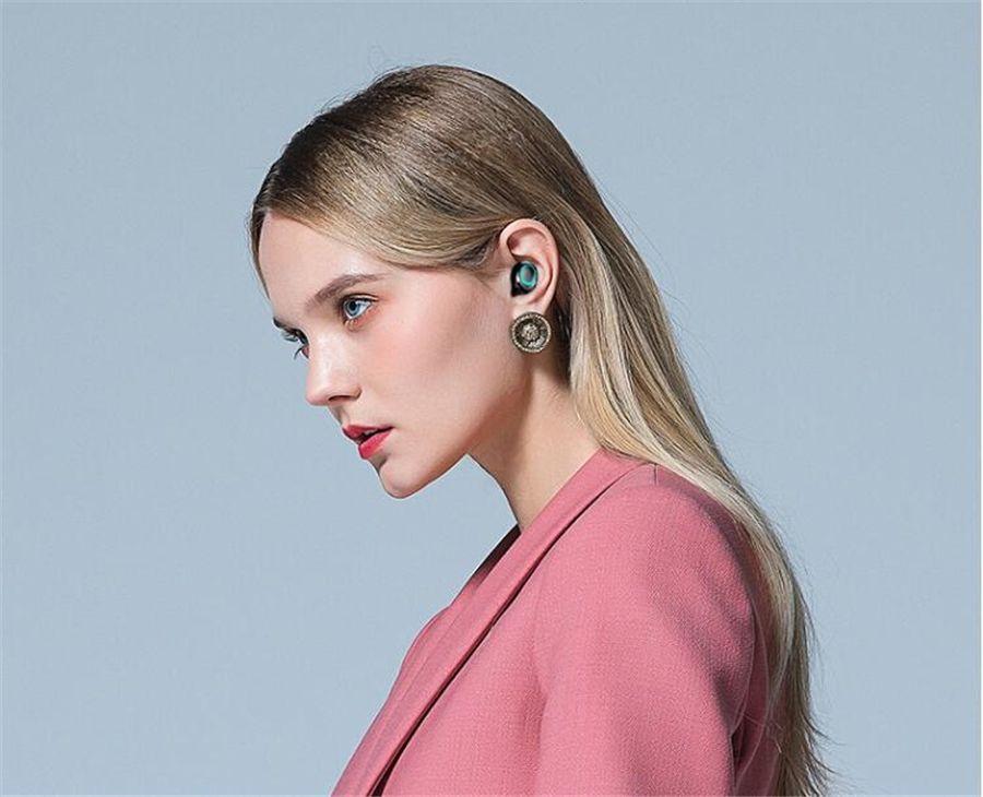 2020 Оптовых TWS наушники Беспроводной связи Bluetooth 5.0 наушники Спорт Handsfree наушники гарнитура телефон 500mAh Зарядное устройство Чехол с микрофоном # OU47