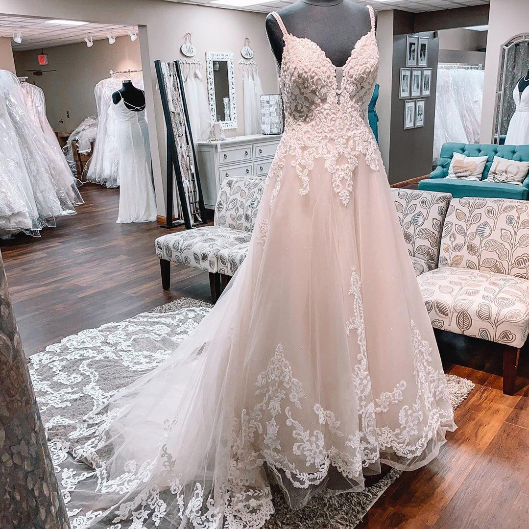 2021 Elegant Country Bohemian Wedding Dresses Real Photo Spaghetti Straps Lace Beaded Tulle Cheap Wedding Bridal Gowns Plus size New