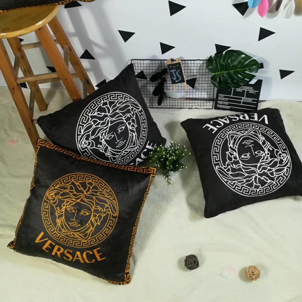 45 * 45cm Creative İskandinav siyah ve beyaz yastık kılıfı geometrik kafes çizgili İngilizce harfler basit kanepe yastık kılıfı (hayır yastık)
