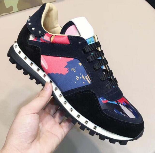 Jonewu2020 Новые Повседневная обувь Мода Studed Камуфляж вскользь Обувь Обувь Мужчины Женщины Квартиры Роскошная Rockrunner Кроссовки Повседневная обувь