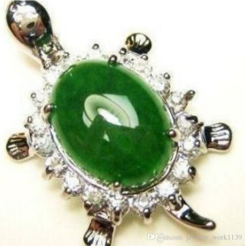 Collier Naturel Vert Jade Ovale Perle Incrusté Pendentif Tortue (20x35mm) Collier