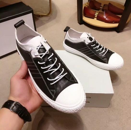 Zapatillas planas de diseñador para hombre de la mejor calidad Zapatillas de deporte con purpurina y rayas a rayas con zapatos informales