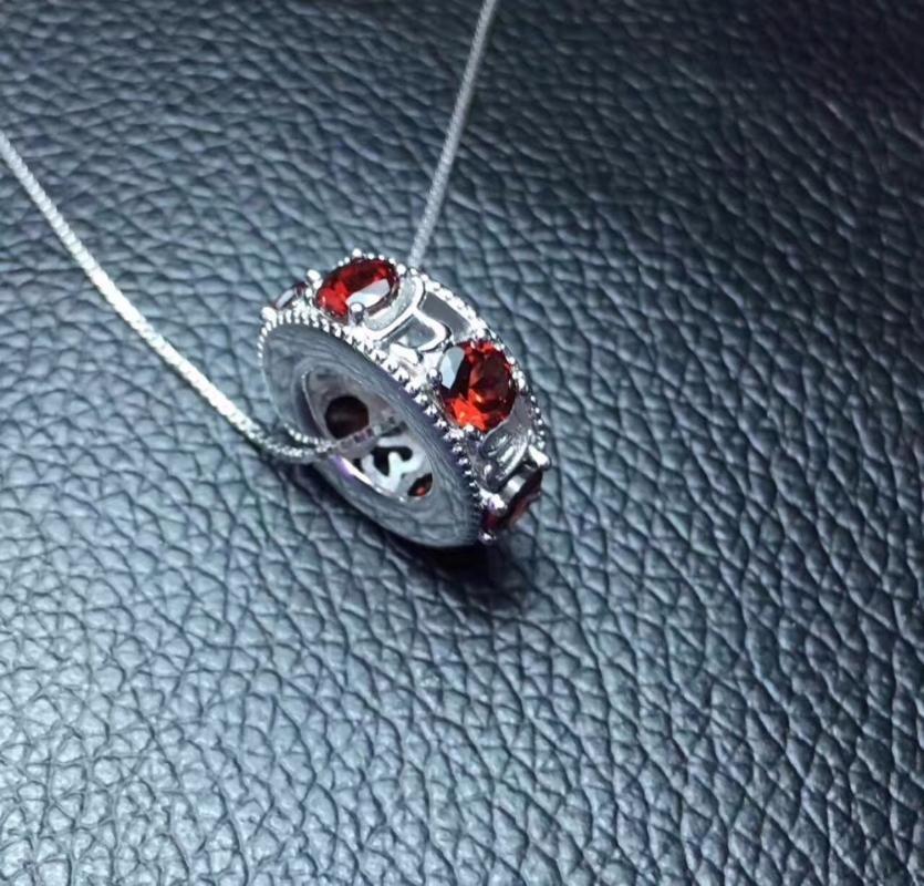 Natural vermelho granada gem pendant S925 prata Natural pedra preciosa Colar Pingente de Transporte contas mulheres redondas gilr jóias de casamento
