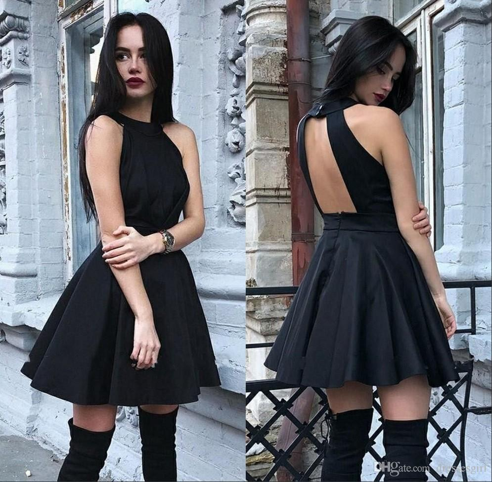 Sexy Black Homecoming Dresses Halter Neck Girls Casual Party Dresses Backless Cocktail Dress Mini Skirt Short Even Gown