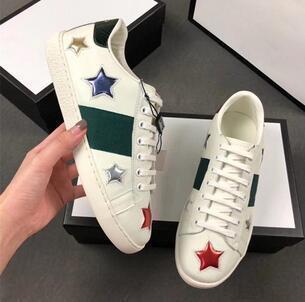 Женская повседневная обувь Low Top Luxury Дизайнерские кожаные кроссовки с цветочными кроссовками со змеиным тигром Мужская обувь на плоской подошве ACE Bee Вышивка