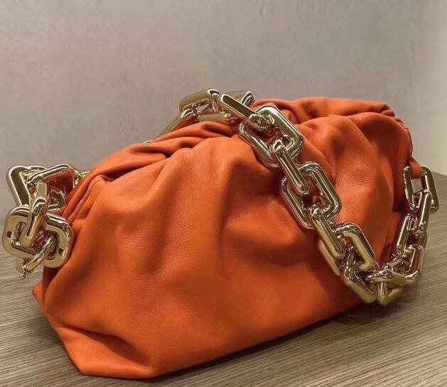 Newset Nuvem Forma Bolsas Evening Bag Nuvem Com Thick cadeia de embreagem Mulheres Bolsa de couro clipe Genuine Bolsas Crossbody Totes