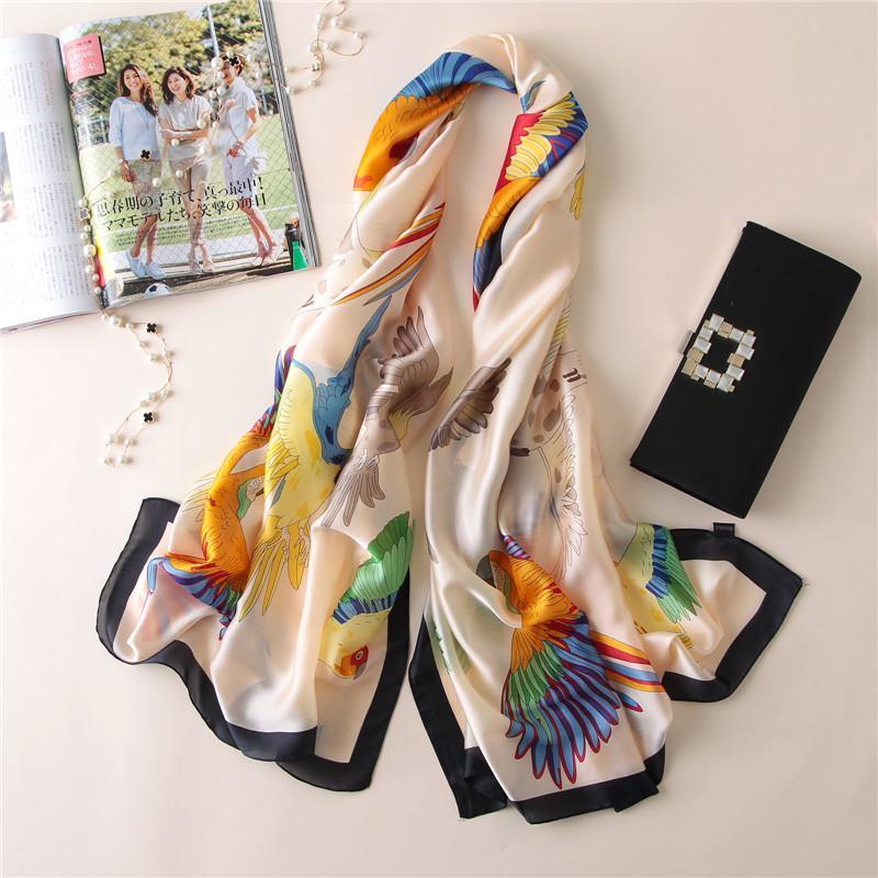 Nueva bufanda de la manera de las mujeres de color clásico mantón de la manera elegante Ambiente bufanda caliente