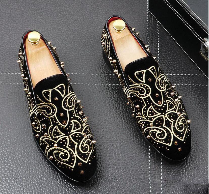 2020 Hommes De Mode En Daim En Cuir broderie Mocassins Hommes Casual Imprimé Mocassins Chaussures Homme partie conduite Appartements Robe Chaussures