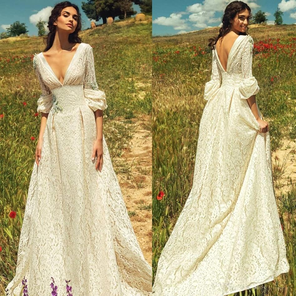 Vintage Romantic Bohemian Lace Backless Wedding Dresses Deep V neck Long Sleeves Beach Bridal Gowns Fairy Sweep Train Hippie Boho BC0530