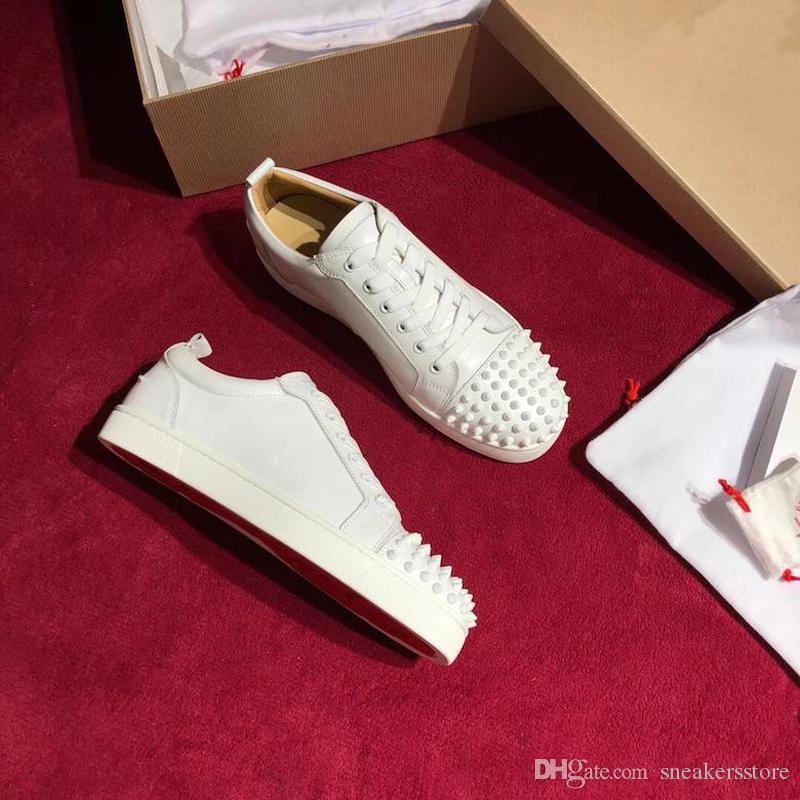 أحذية 2020 أحذية أعلى جودة الأحمر أسفل قليلة قص الجلد المدبوغ المسامير شقق النساء الرجال احذية جلدية عارضة الرياضة مع صندوق الغبار حقيبة