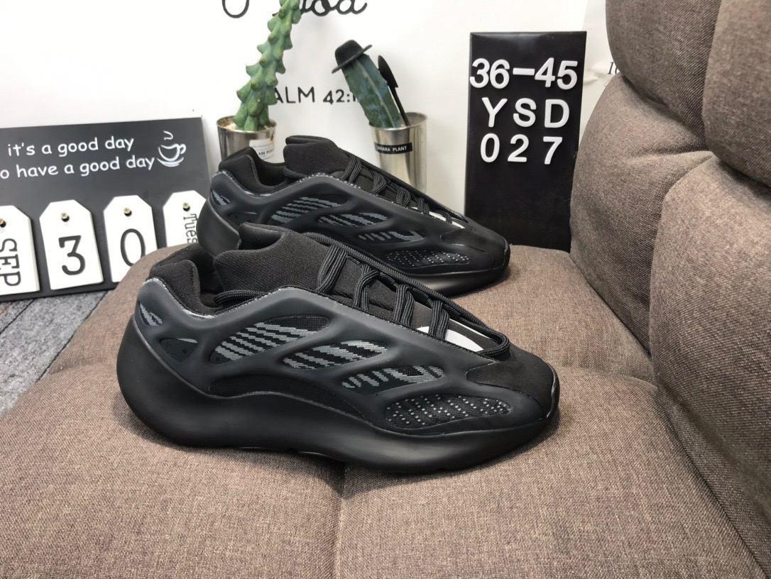 2019 Wave Runner 700 Blush Desert Rat Salz 700V2 Weiß Schwarz Laufschuhe Kanye West Männer Frauen Sneaker Sneaker Sportsportschuhe 36-45