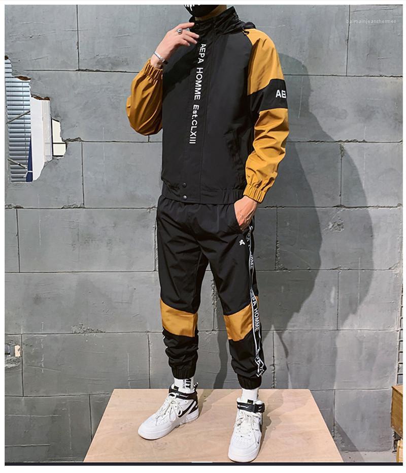 Вышивка Мода Весенний стиль Цвета Письмо Дизайнер Костюмы Мужские Осенние трексеи наборы одежды Спорт 2 ШТ.