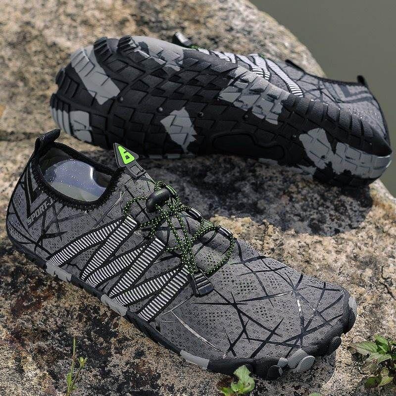 Venta caliente de los hombres de moda los zapatos de malla transpirable zapatillas de deporte de hombres caminando calzado cómodo de los nuevos zapatos para correr livianos C-200301095