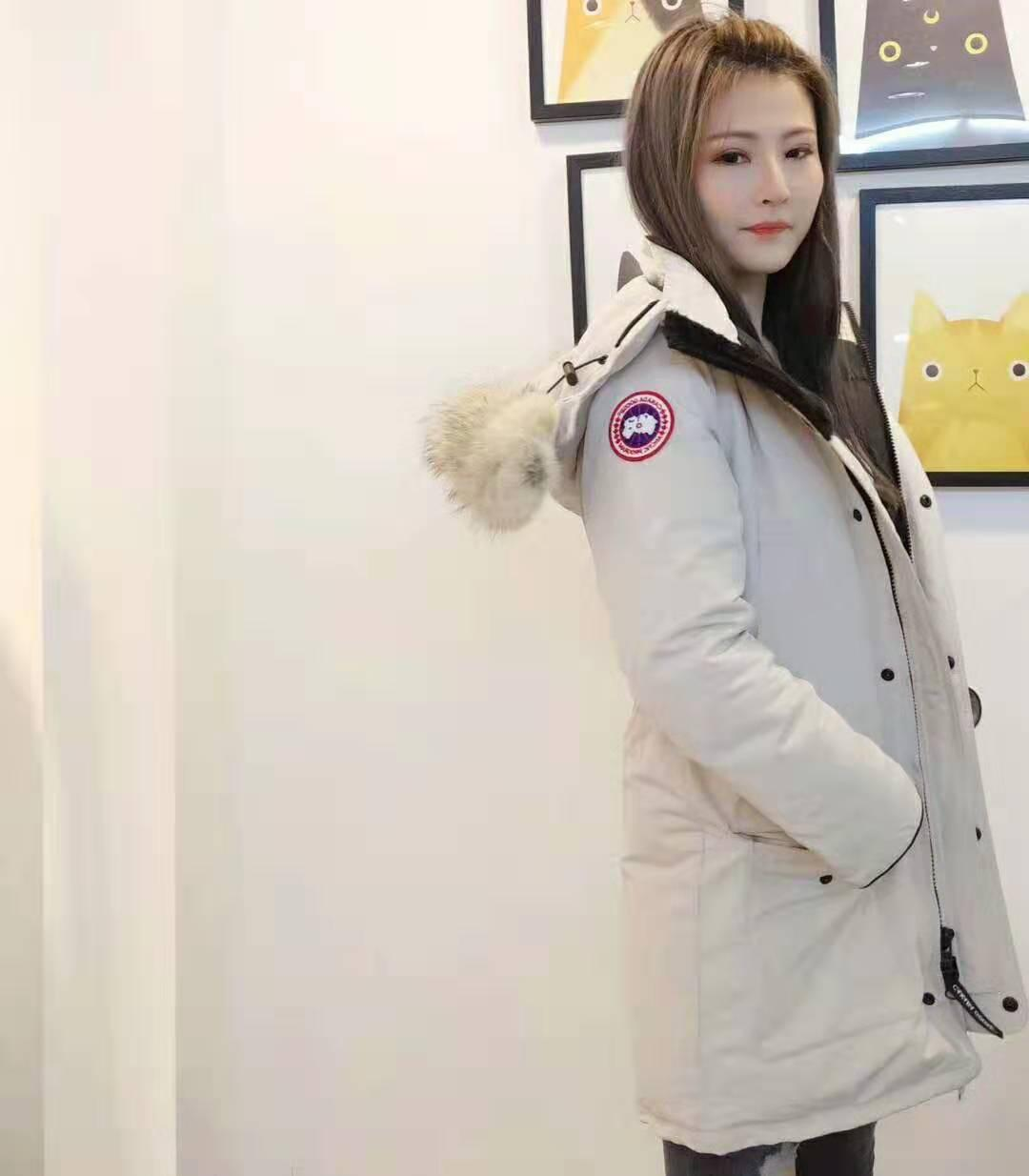 20 Jacket Parka Men Women Classic 007 Casual Down Jacket Coats Mens Outdoor Warm Feather Winter Jacket Unisex Coat Outwear