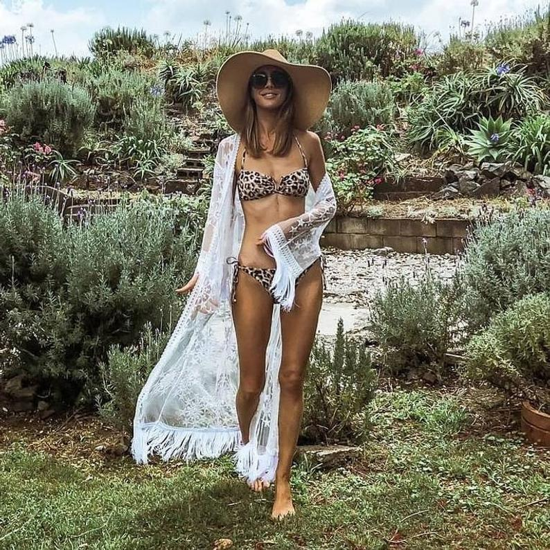 عام 2020 ملابس السباحة النسائية على شاطئ بيكيني تغطي رباط الخيوط الزجاجية المطرز المجوف