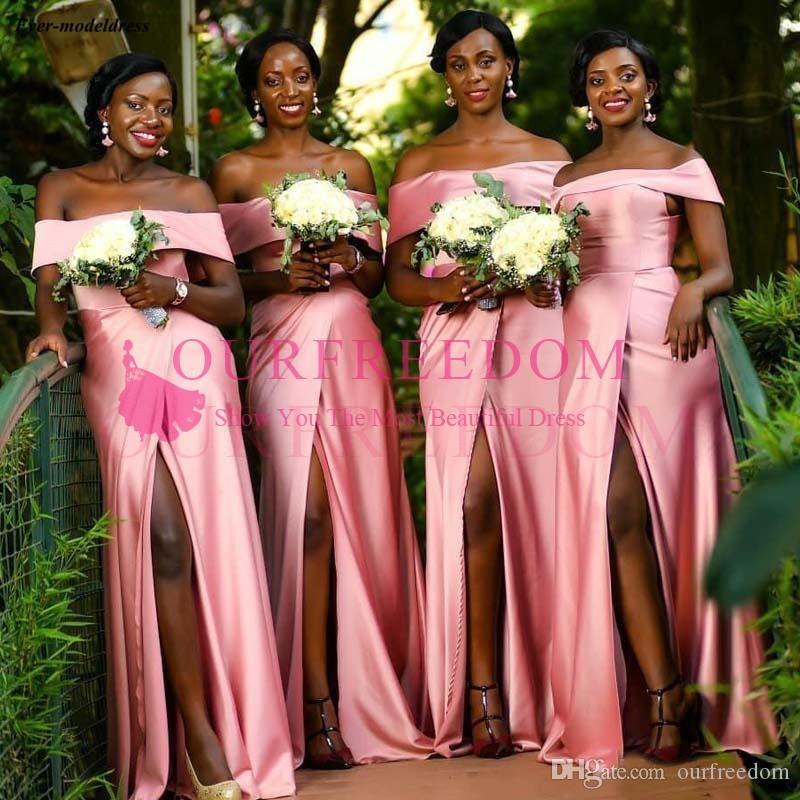 Fora do ombro 2020 rosa dama de honra africano vestidos sem mangas zíper back wedding vestidos de convidado com slit lateral país barato