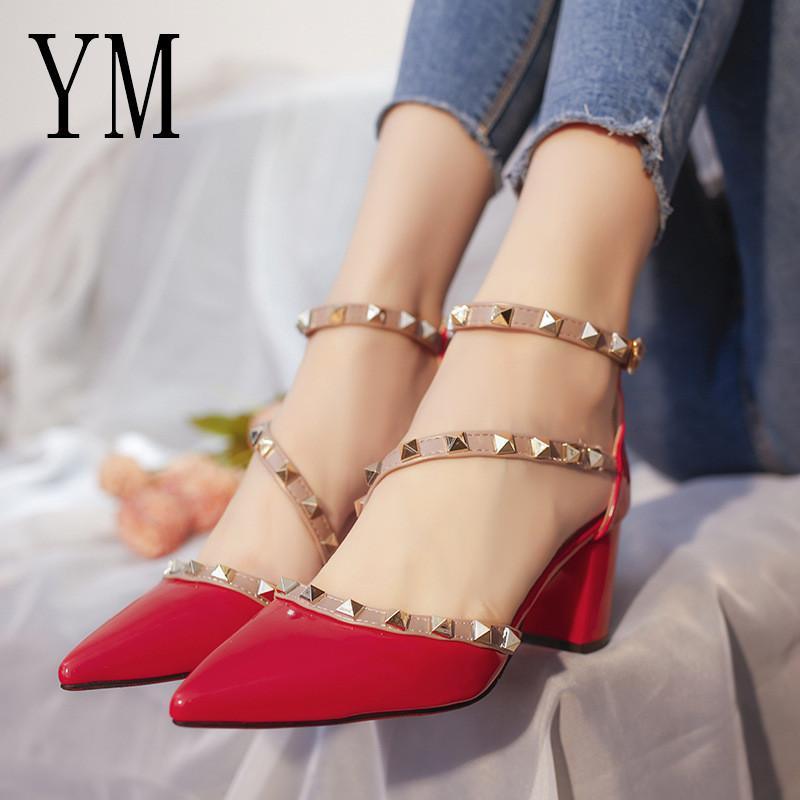 2019 sandalias gladiador dedo del pie acentuado zapatos de las mujeres atractivas de los remaches de punta estrecha Bombas de señoras para mujer del zapato Zapatos Mujer altos wedding
