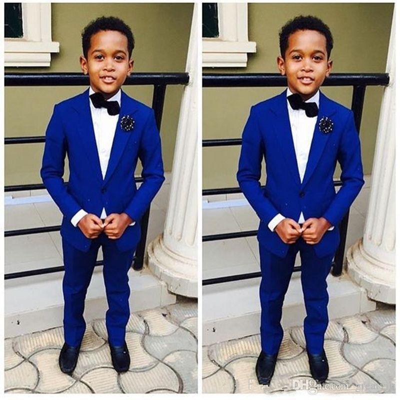 Royal Blue Boy abiti formali Cena smoking Little Boy Groomsmen bambini I bambini per la festa di nozze di promenade del vestito Abiti formali (Jackets + Pants)