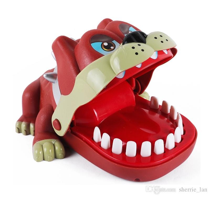 Çin Fabrika Komik hayvan şekli zor oyuncaklar tahta oyunu şanslı köpek ısırma dişçi oyunu Ebeveyn-çocuk etkileşimi oyuncak Ücretsiz Kargo Pranks