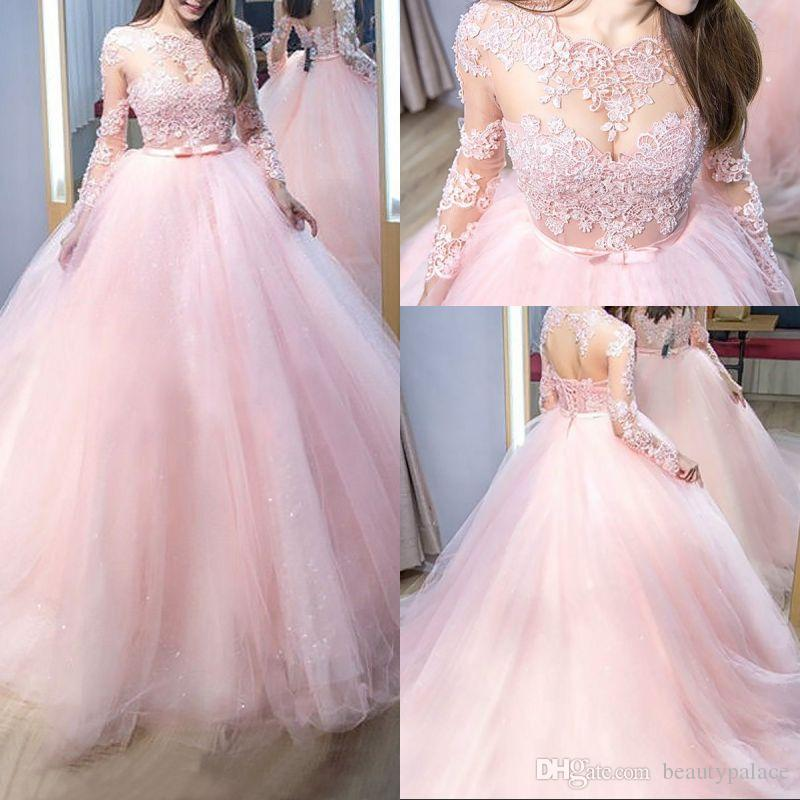 Abito da ballo elegante modesto Off The Long Sleeve Abiti Quinceanera Chapel Train Pink Tulle maniche lunghe in pizzo dolce 16 Abiti ragazze