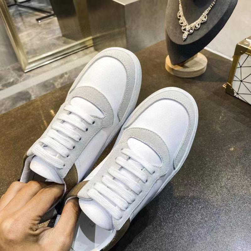 여성 흰색과 검은 색 크기 35-40를위한 여성 송아지 피부에 좋은 산책 신발 브랜드의 새로운 디자인 챔피언 신발