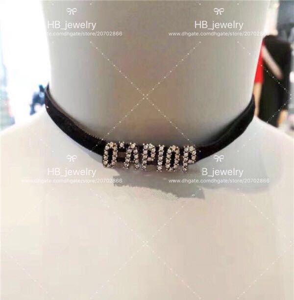 الأزياء الطوابع نسخة عالية إلكتروني المخملية قلادة قلادة بيجو لسيدة حزب إمرأة عشاق الزفاف والمجوهرات هدية للعروس مع مربع