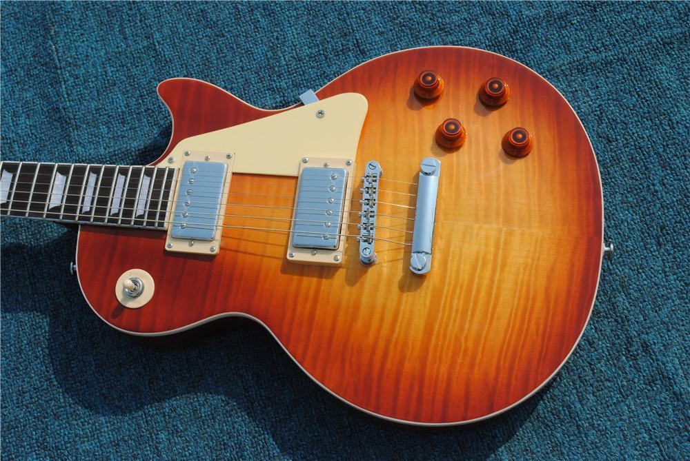 Spécification de haute qualité 6 cordes de guitare électrique, corps en acajou massif, haut en érable jaune, matériel chromé, livraison gratuite!