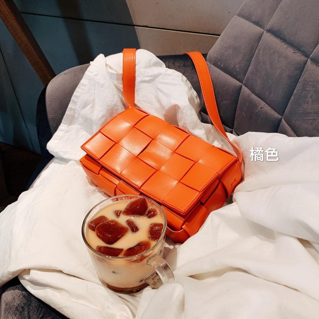 Moda tasarımcısı örgü omuzdan askili çanta kadınlar için mükemmel kalite marka tasarımcısı lady crossbody çanta lüks tasarımcı çantaları
