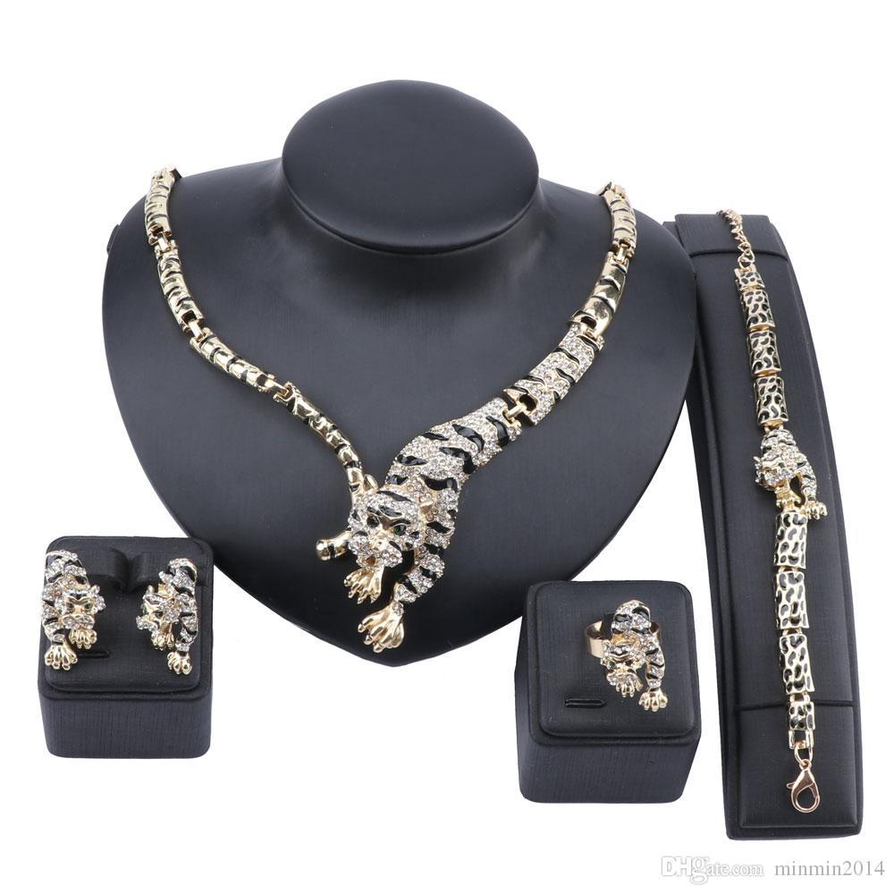 رائعة دبي للذهب النمر كريستال طقم مجوهرات فاخر النيجيري المرأة أزياء الزفاف تصميم قلادة حلقة القرط سوار مجموعة