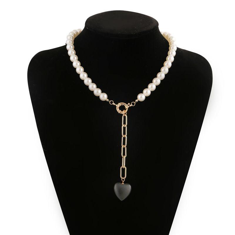 Luokey 2020 Nouvelle Arrivée Goth Collares pour les femmes Simulé Black Pearl coeur longue chaîne Choker Pendentif Bijoux Collier