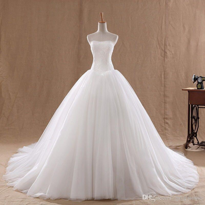 ivory Ball Gown Wedding Dress Lace Top Zipper Back Sweep Train bridal Gowns 2019 Cheap Wedding Gowns