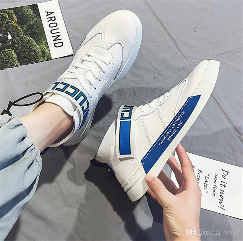 2020 حار بيع شبكة البرية مصمم أزياء أحذية الثلاثي S حذاء رياضة اللباس الخفيف البرية احذية أربعة لون والرجال الاحذية في الهواء الطلق