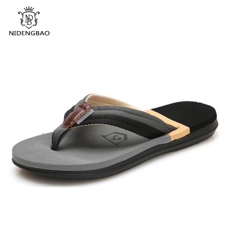 Confort Sandales Les hommes d'été Camouflage Tongs Chaussures Hommes Sandales à bout ouvert Slipper intérieur extérieur flip-flops 36-45 Chaussures Hommes Y200107