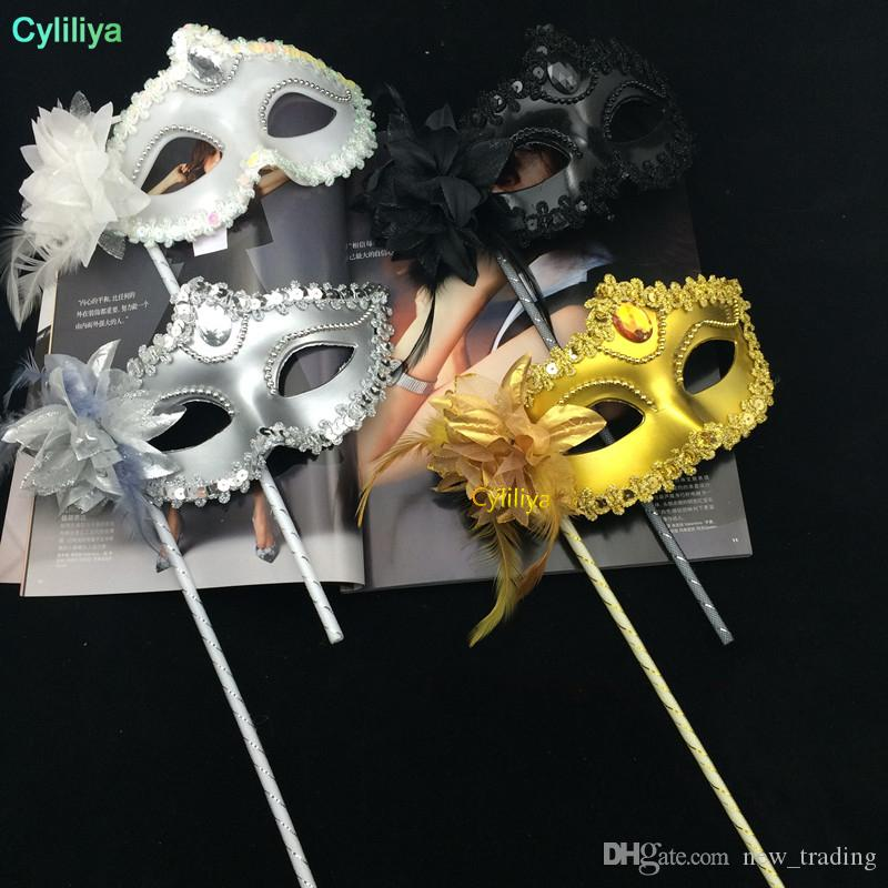 50pcs/lot New handmade plastic with flowers and feather 4 colors elegant masquerade ball masks on sticks