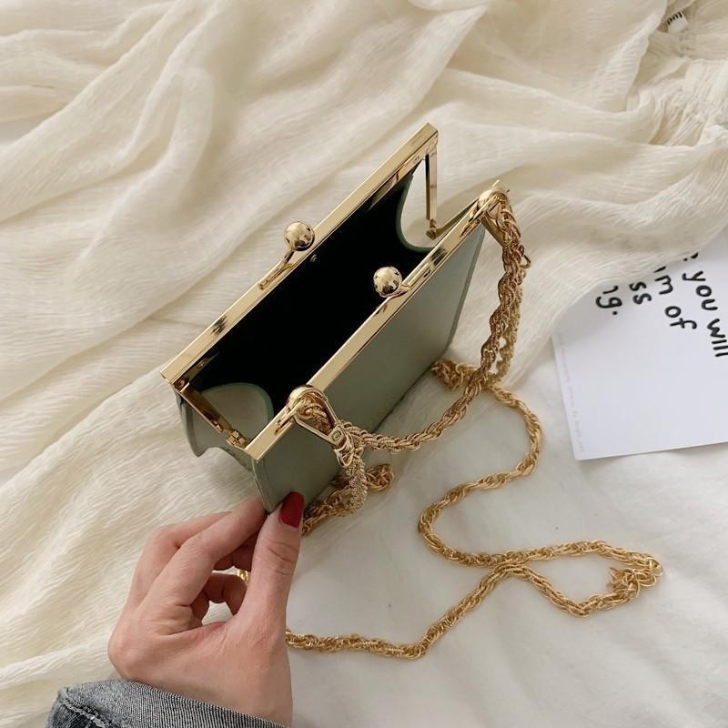 Casual Catene clip donne Crossbody borse del progettista borse di modo dell'unità di elaborazione di spalla del sacchetto femminile piccolo lembo di giorno della frizione Borse