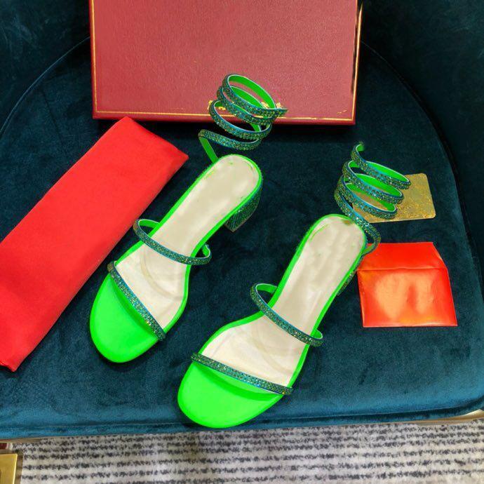 New Chaussures Mulheres Sandálias Designer Shoes Chaussures vintage Deslizamento-em diamante sandálias de salto alto Sandália Verde de prata estrela de couro Estilo