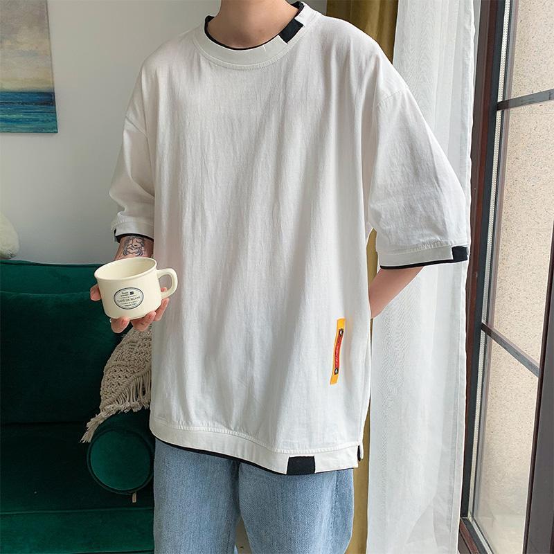 ropa de los hombres del verano sueltan Mock de dos piezas de manga corta camiseta de los hombres de Wild media manga de una sola pieza superior Estudiantes de media manga