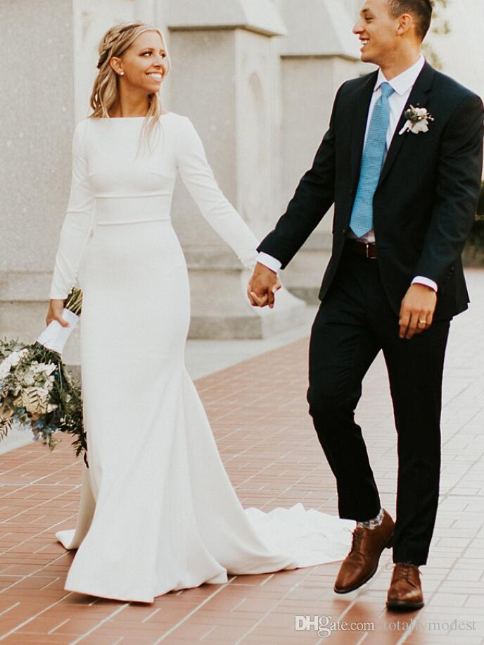 2019 New Crepe Mermaid Modest Wedding Dresses With Long Sleeves Boat Neck Simple Elegant Women LDS Modest Bridal Gowns Custom Made