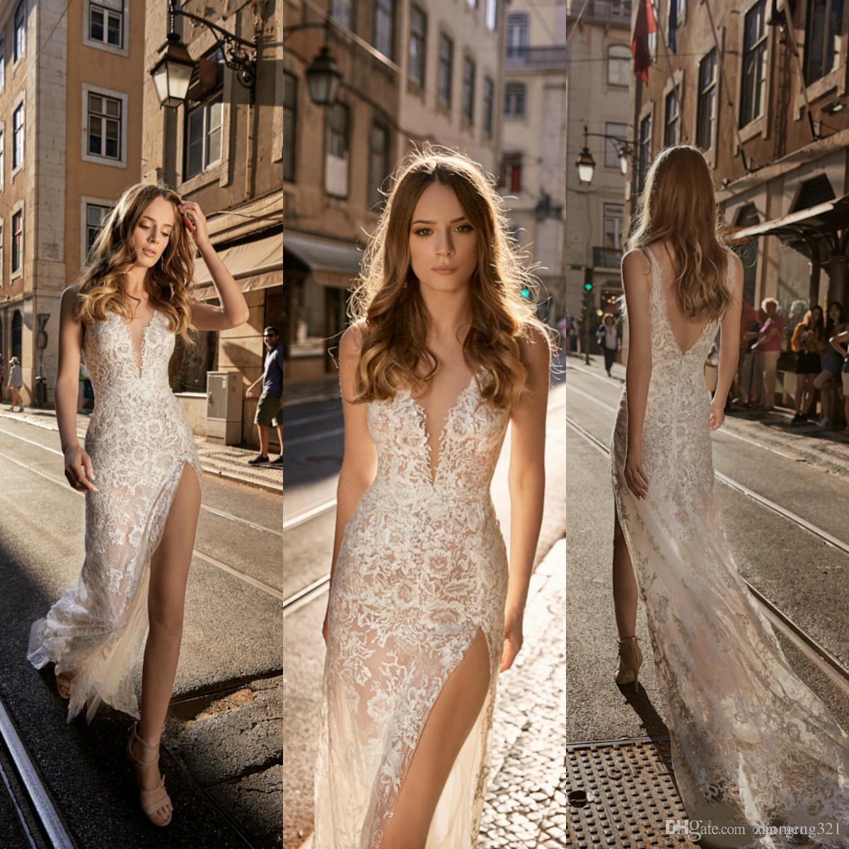 Berta 2019 Deniz Kızı Gelinlik Dantel V Yaka Bölünmüş Backless ile Tül Overskirts Sweep Tren Gelinlik elbise de mariée