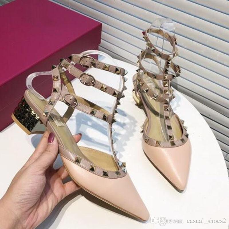 Sandalias de las mujeres señaló con los pernos prisioneros de los tacones altos 6cm 8cm patente de 10 cm de piel remaches Oficina mujeres de las sandalias del partido del vestido de tiras con tachuelas boda LL6