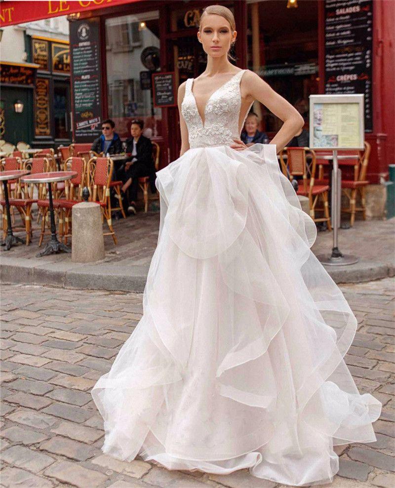 2020 Vestidos de casamento com decote em V OrganzaTulleAppliques vestidos de noiva sem encosto vestido de Véu livre noiva como presentes