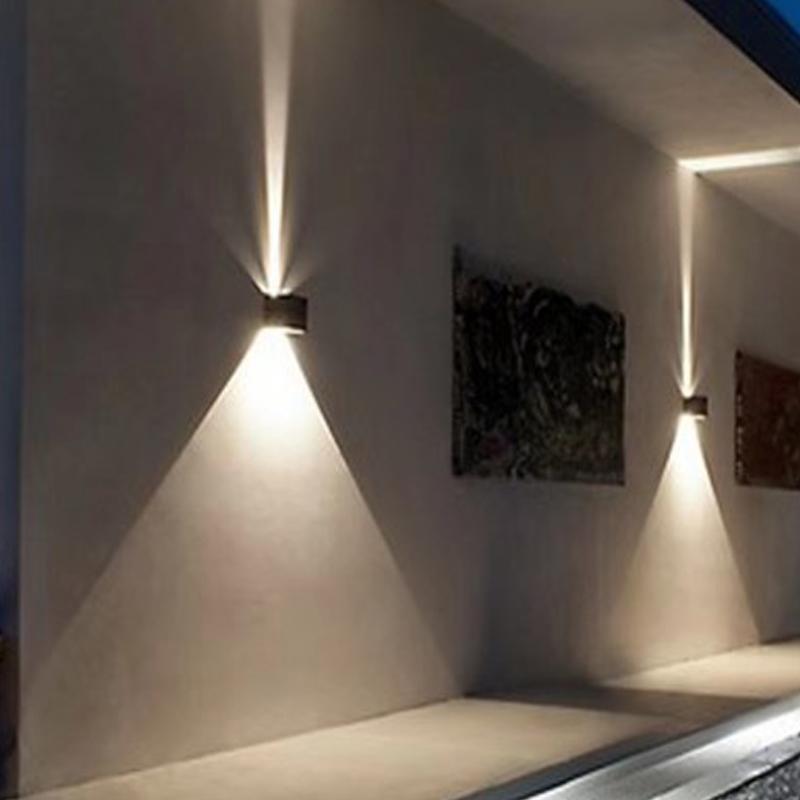 LED 6W Iluminación de pared al aire libre arriba abajo IP65 Impermeable Blanco Negro Moderno Moderno Lámpara 86-265 Exterior Inicio Iluminación