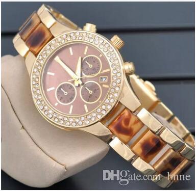 Montre de luxe de la mode marque de montres dames pleine de montres de diamant robe montre-bracelet bracelet d'or nouveau concepteur femmes modèle tag montres fille cadeau