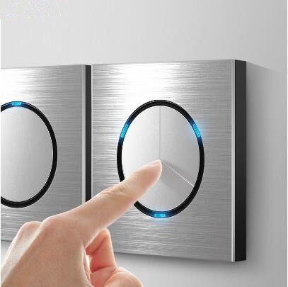 86 tip 1 2 3 4 çete 1 2way Gümüş alüminyum alaşım paneli Anahtarı soket LED Kuzey Avrupa Sanayi Almanca UK Fransız ışık soket Gümüş